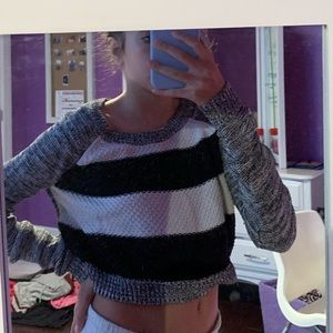 striped cropped long sleeve shirt size small